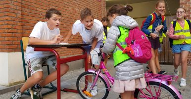 High 5 organiseert fietscontrole op de lagere school